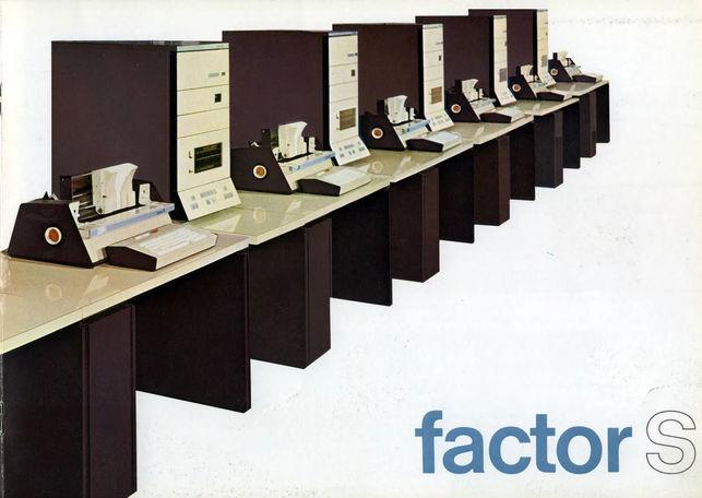 Folleto del Factor-S, el modelo lanzado de 1971 que hasta tenía el equivalente a un disco duro