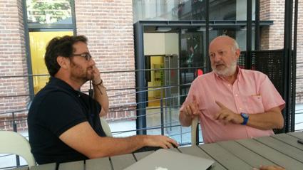 Carlos Magro y Manuel Gimeno, Director de la Fundación Orange