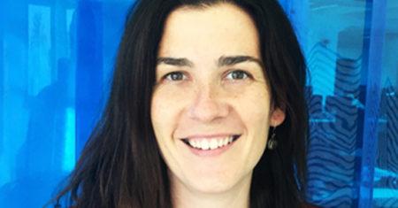 Esther García Garaluz es cofundadora de la firma Eneso, que desarrolla dispositivos para personas con discapacidad. / MIT Technology Review