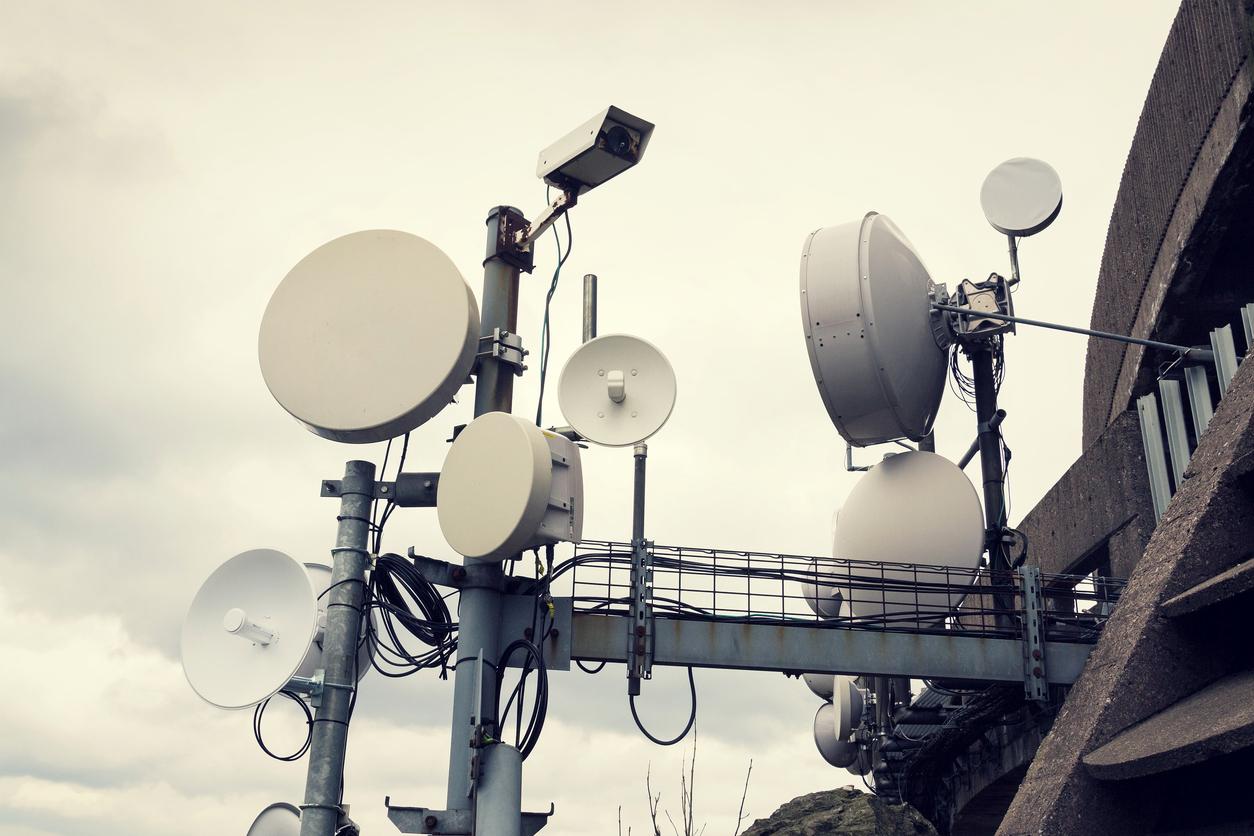 antenas y ondas de radio alergia