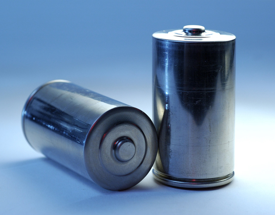 Alternativas al almacenamiento de electricidad que nos harán menos dependientes de