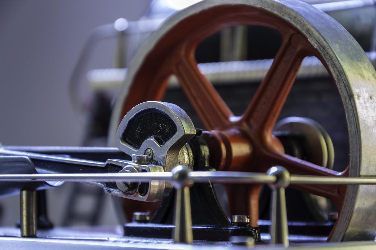 volante de inercia para almacenar energía