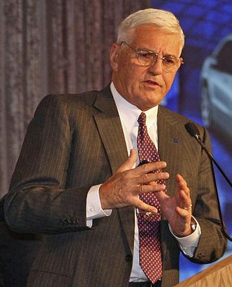 Bob Lutz. Conducción autónoma