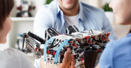 Aprende a programar para enseñar robótica a tus hijos: te lo agradecerán