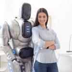 robot asistencia ayuda oriente miedo tecnologia androide ciborg