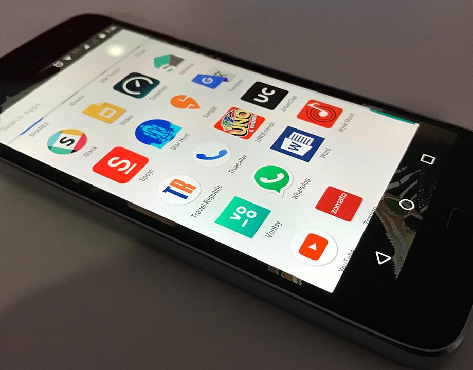 smartphone en clase ninos