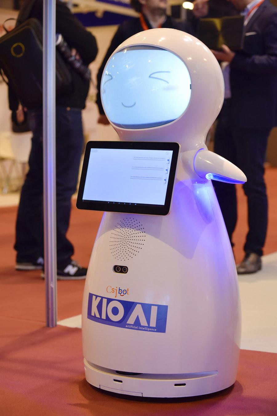 Robot KIO AI