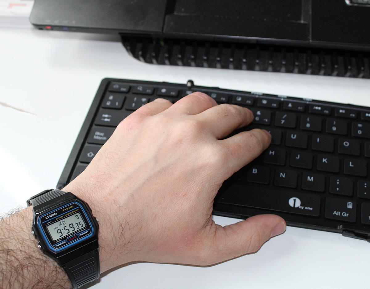 casio-f-91w-teclado
