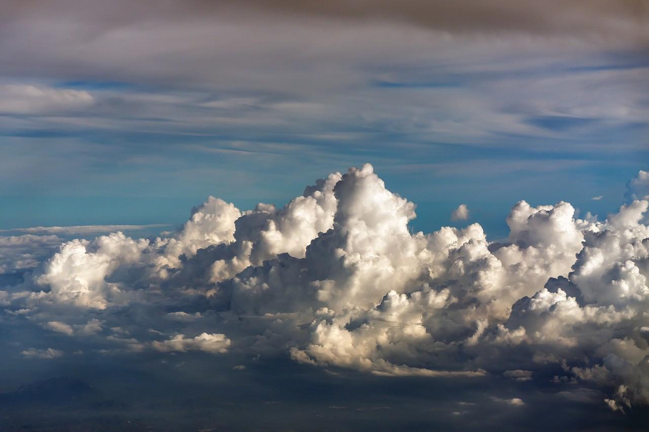 como-elegir-sistema-operativo-en-la-nube-nubes