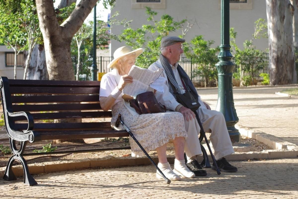 ancianos-coche-autonomo