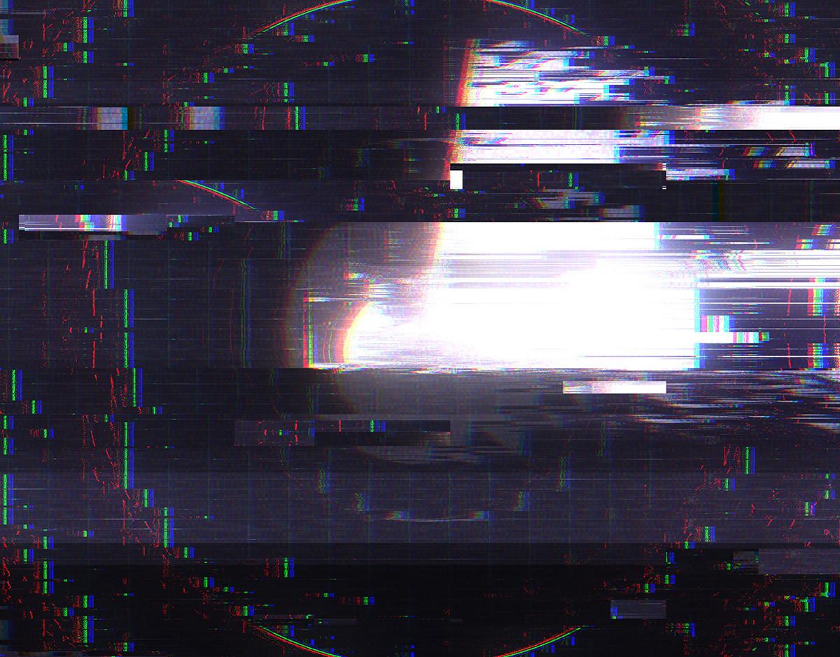 pirateo-smartphones-delito-ciberseguridad-glitch