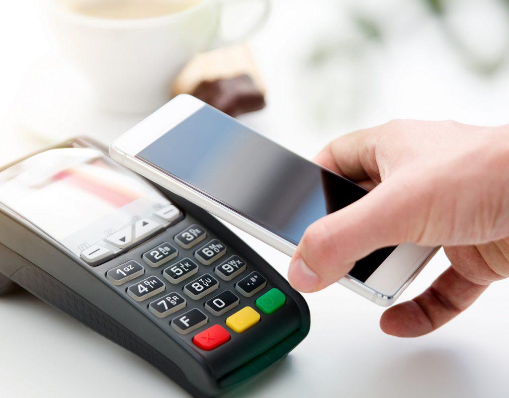 pirateo-smartphones-delito-ciberseguridad-pago-movil-NFC