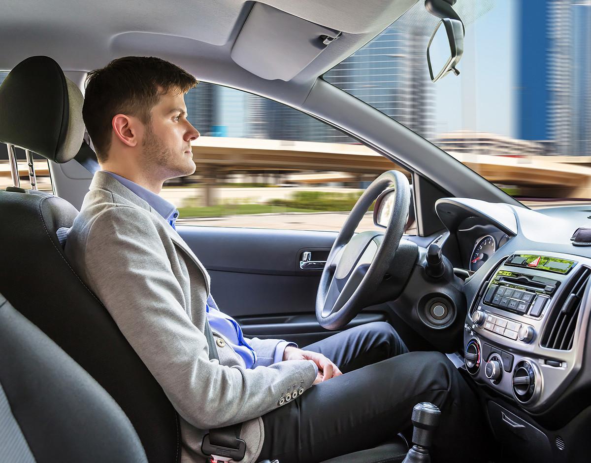 tecnologia-carne-conduccion-autonoma-vehiculo-robot-volante