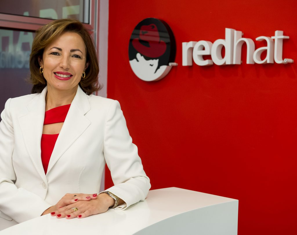 Julia Bernal, Red Hat