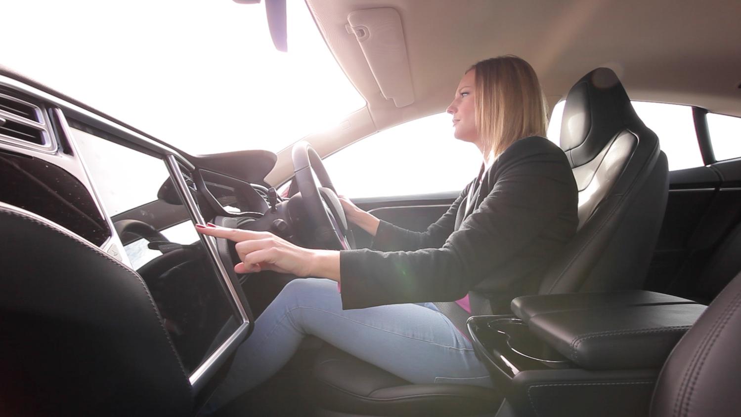La tecnología de Ultrahaptics, de Tom Carter, puede mejorar de forma significativa la seguridad en la conducción.