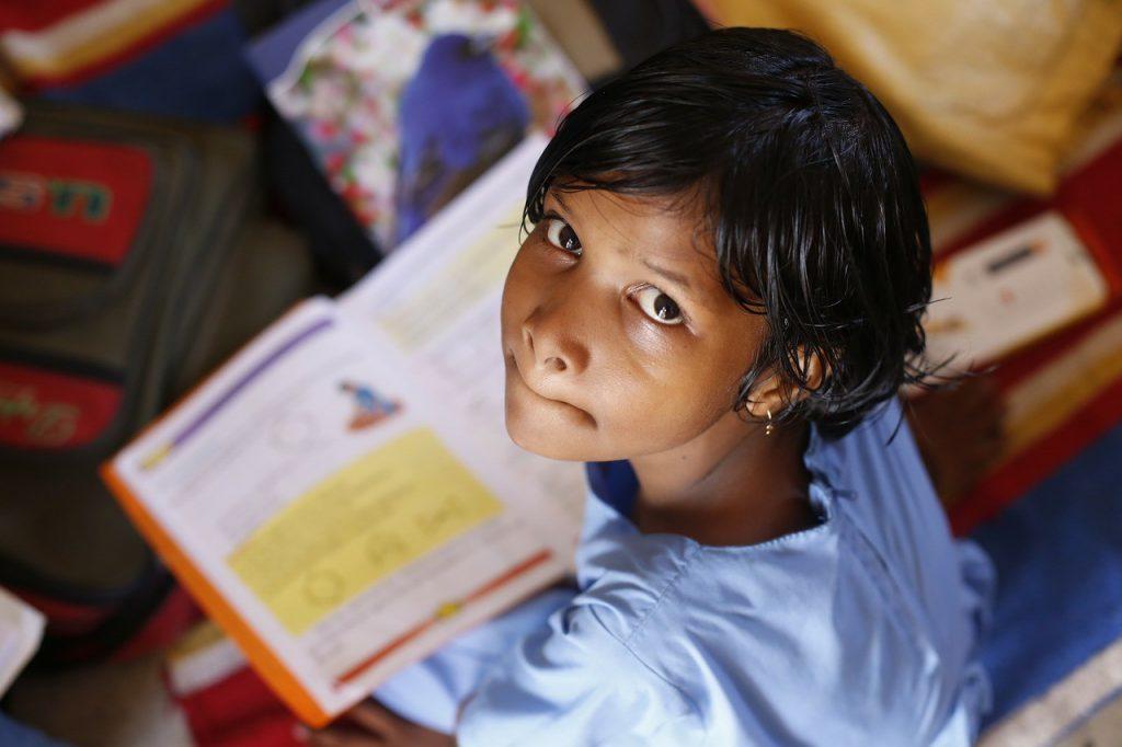 El no contar con acceso a un váter en la escuela fomenta el abandono escolar de muchas niñas en el mundo.