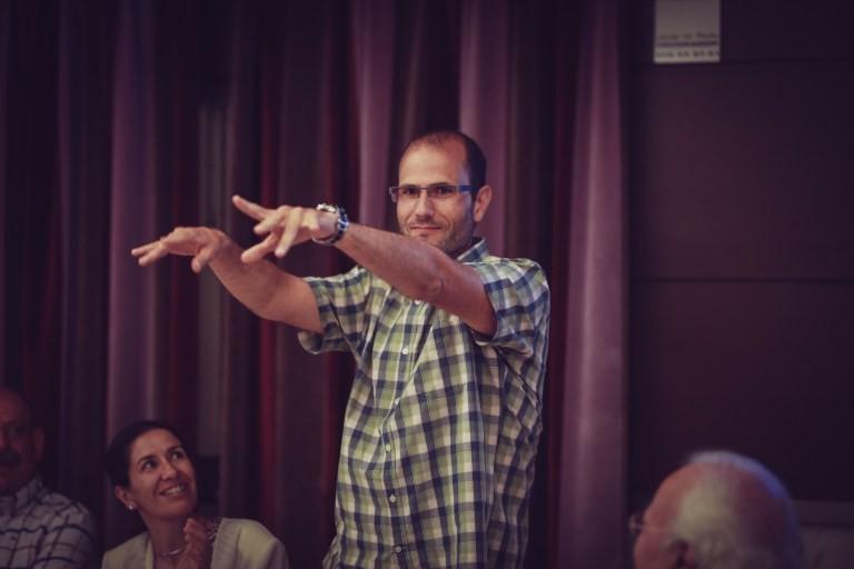 Alberto Nájera López, doctor del área de Radiología y Medicina Física de la Universidad de Castilla-La Mancha. Antiantenas