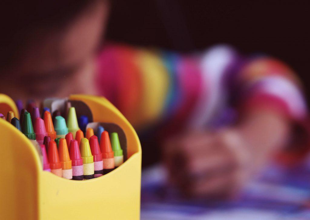 Algunas formas de sinestesia relacionan los colores con los sonidos o con formas abstractas.