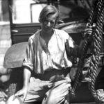 Clarenore Stines, de origen alemán, fue la primera persona en dar la vuelta al mundo en coche.