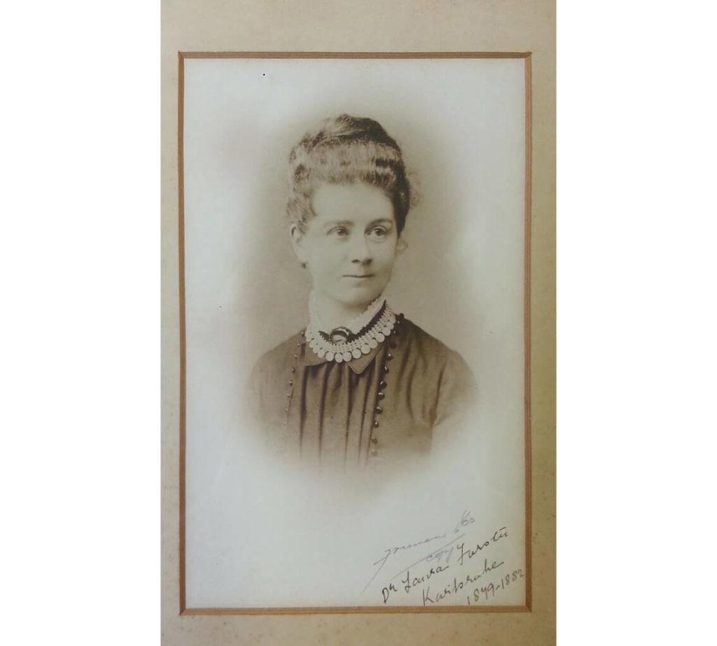 mujeres de la escuela de Cajal
