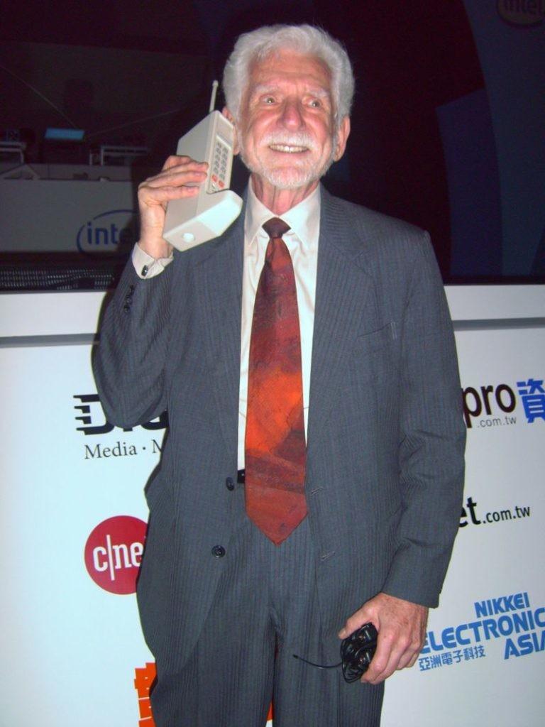 Martin Cooper,padre de la telefonía móvil