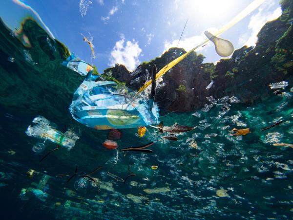 plástico economía azul