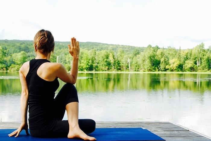 ejercitar la mente con ayuda del yoga