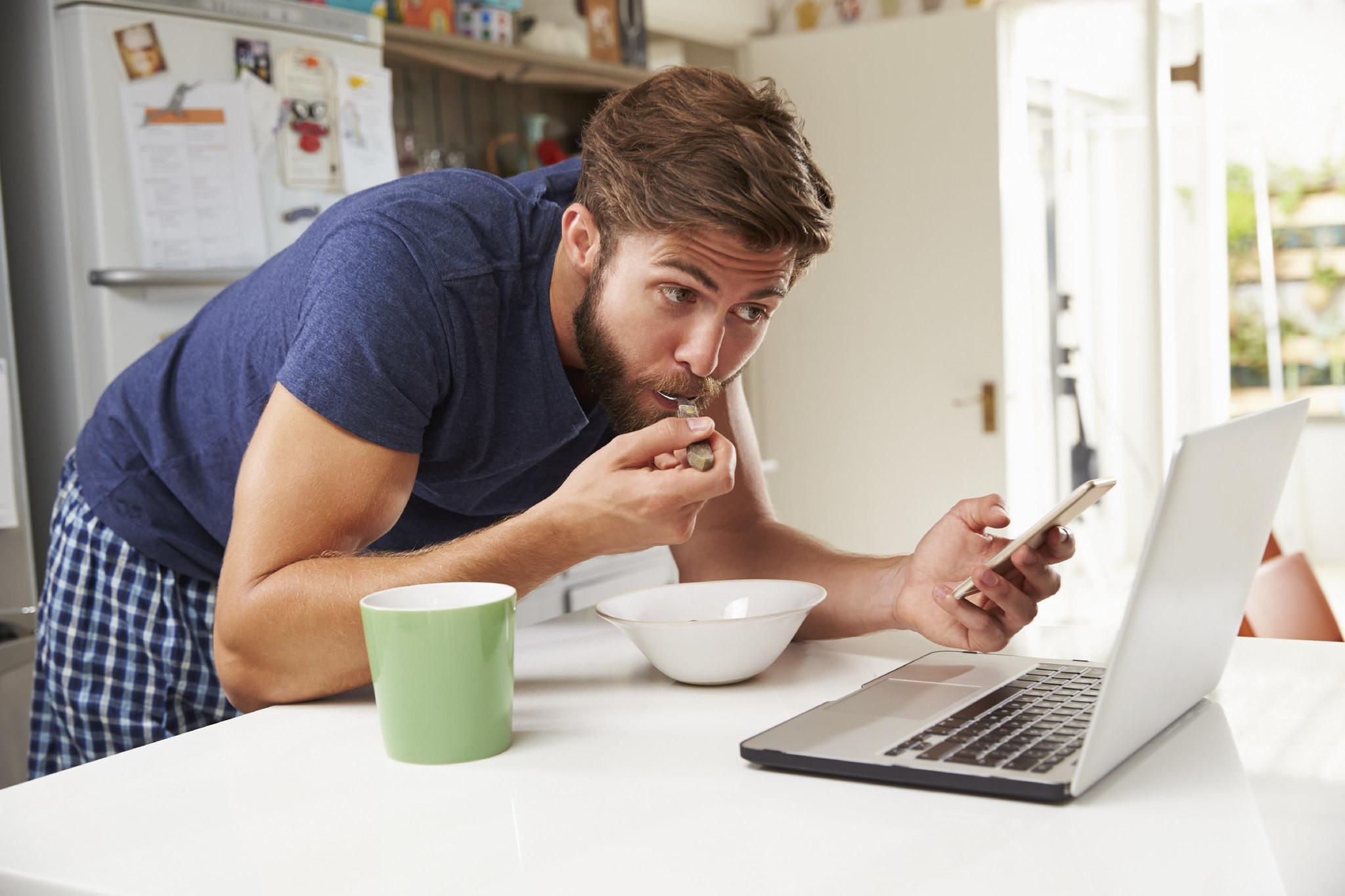 El mukbang, los que cobran por comer online