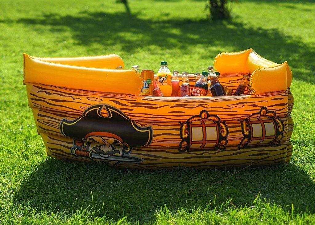 barco pirata flotante Kenley (