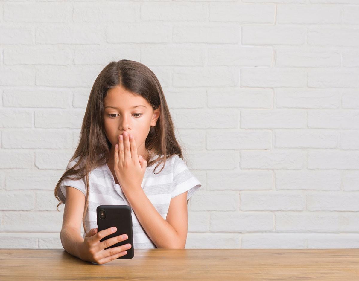bullying espana acceso internet sexo