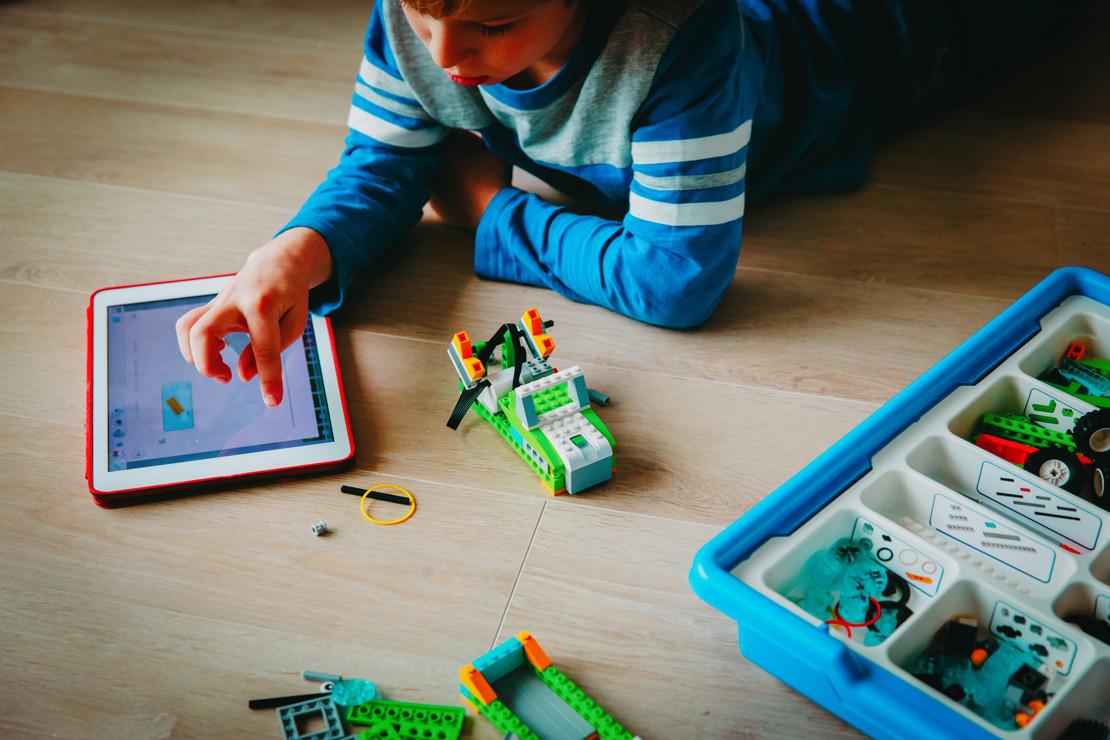 construir robots internet juguetes