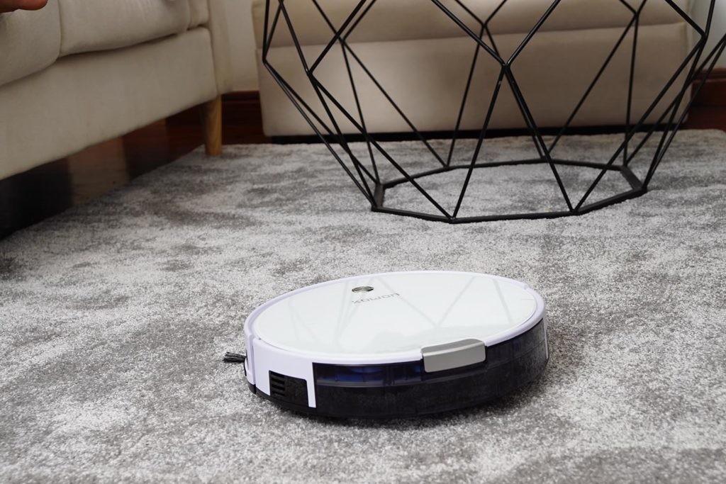 aspiradora conectada a Google Home