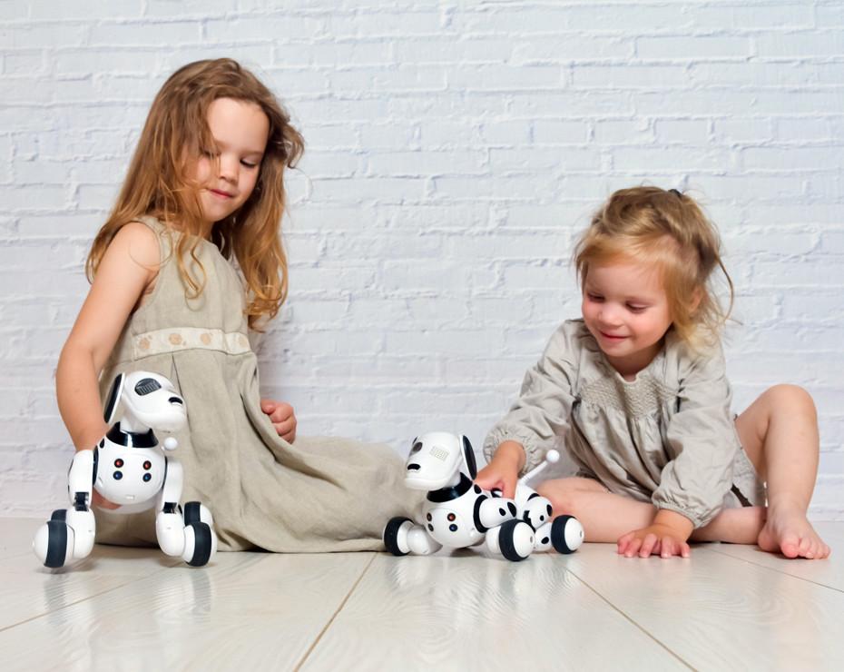niñas internet juguetes