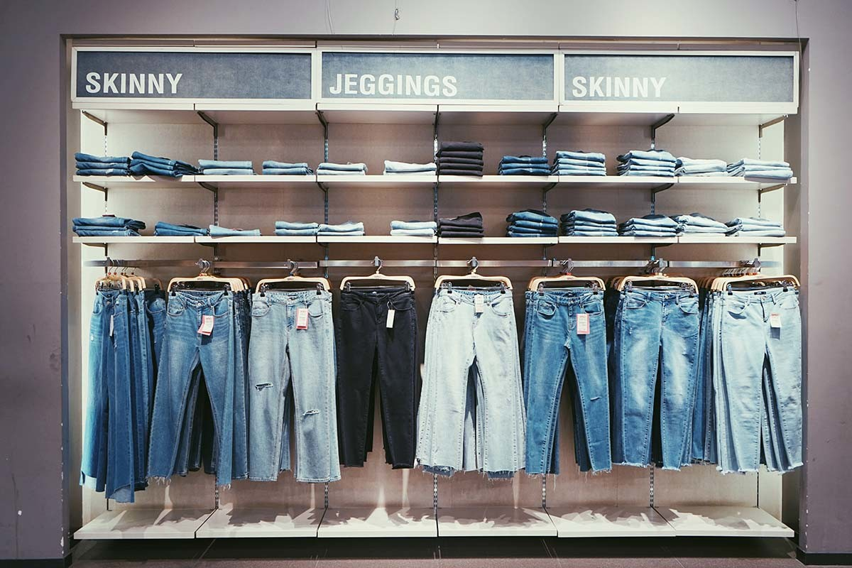 La contaminación que genera esta industria hace que cada vez más marcas opten por crear moda sostenible.