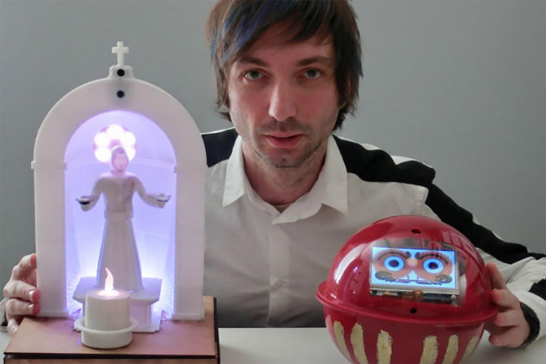 robots religiosos