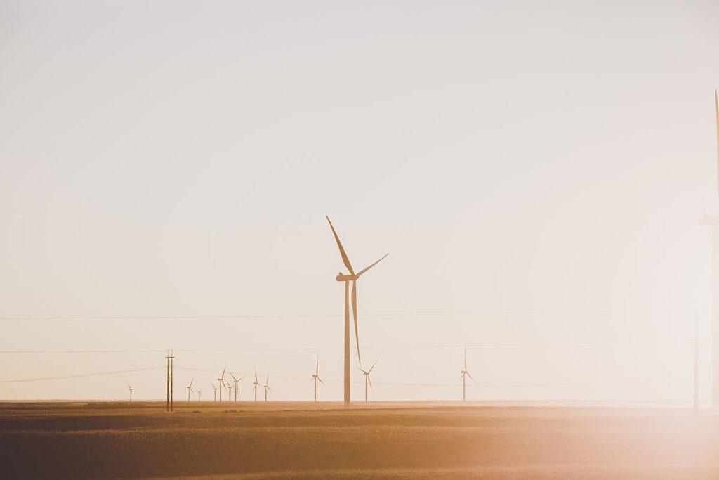 la energía limpia para reducir las emisiones