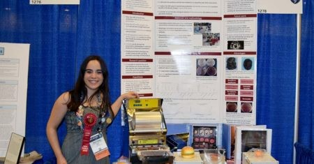 Maitane gana el premio en la feria Intel ISEF
