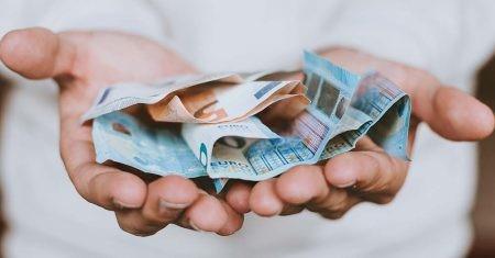 cómo enviar dinero por internet