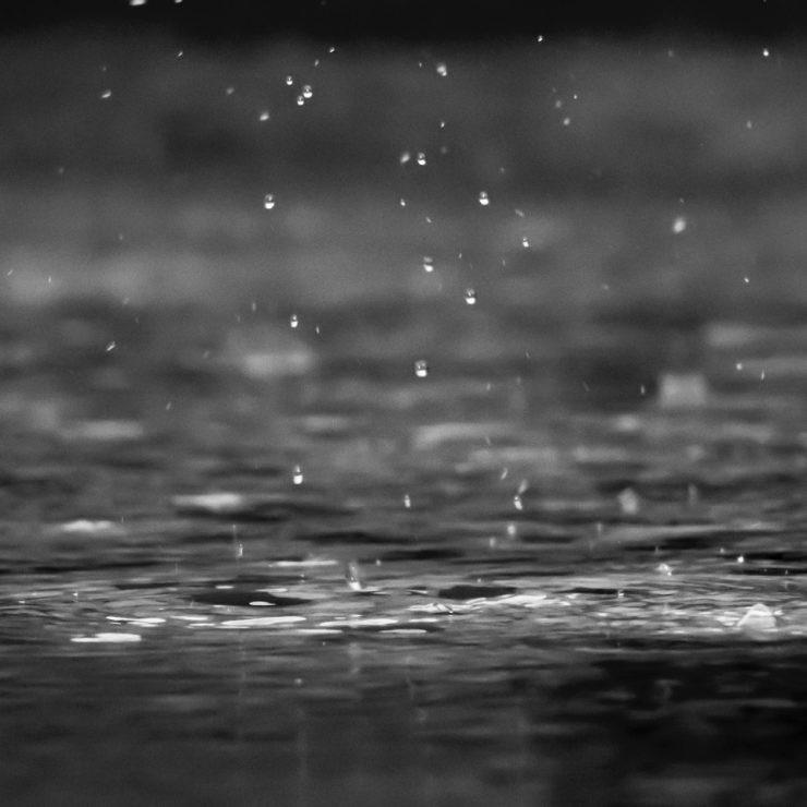 Generar electricidad a partir de la lluvia