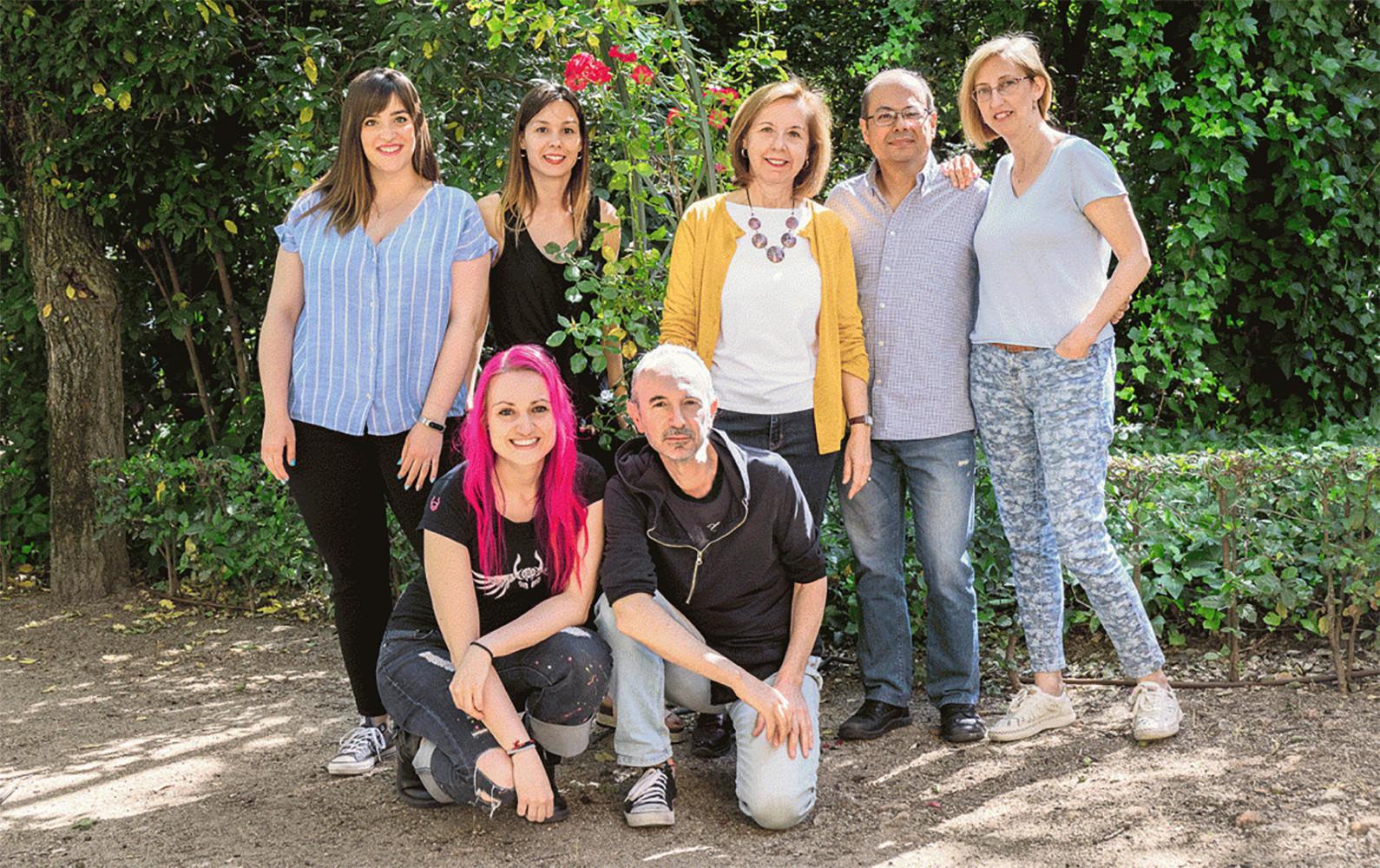 Sagrario Ortega, en el centro, y su equipo de la Unidad de Edición Genómica en Ratón. /Amparo Garrido / CNIO