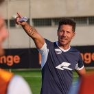 Fútbol con Orange. Simeone