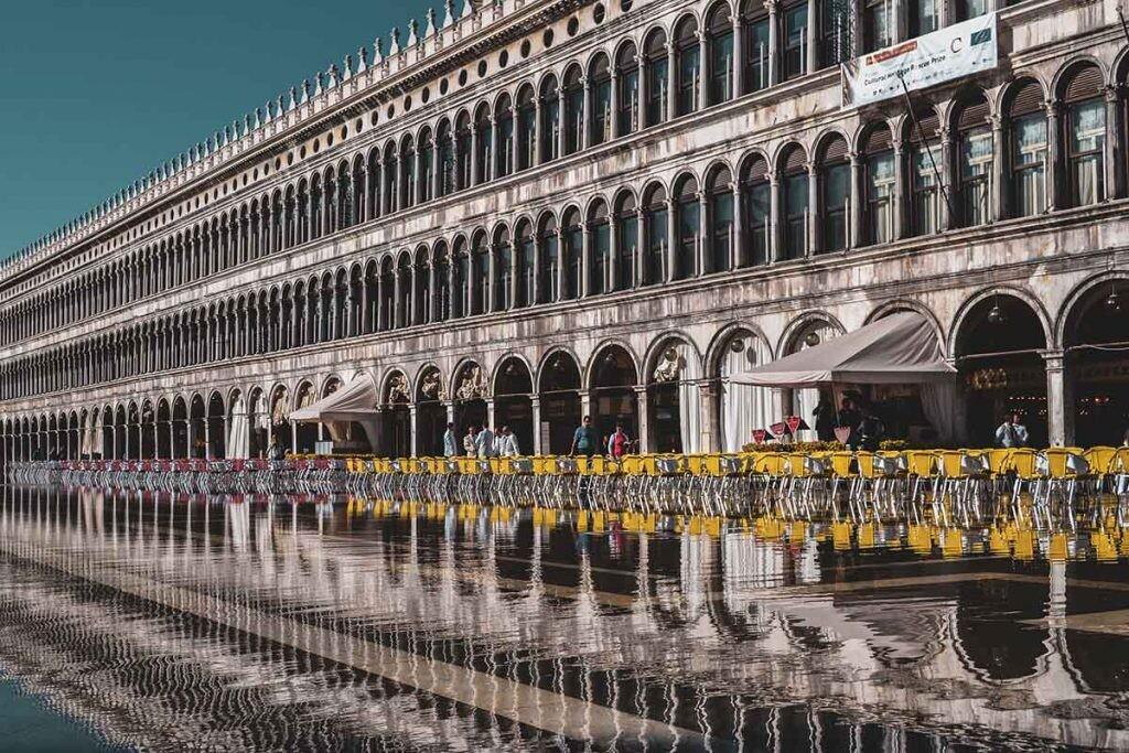 acqua alta en plaza San Marco