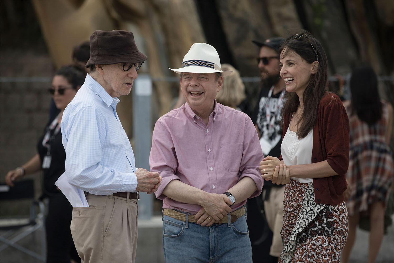 Woody Allen, Wallace Shawn y Elena Anaya durante el rodaje de 'Rifkin's Festival' / The Mediapro Studio / Gravier Productions Inc. / Wildside / Imagen promocional