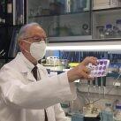 El investigador del CSIC Luis Enjuanes / Susana de Lucas (CNB-CSIC). Anticuerpos