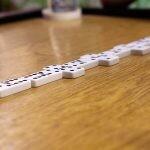 Te contamos dónde y cómo jugar al dominó online.