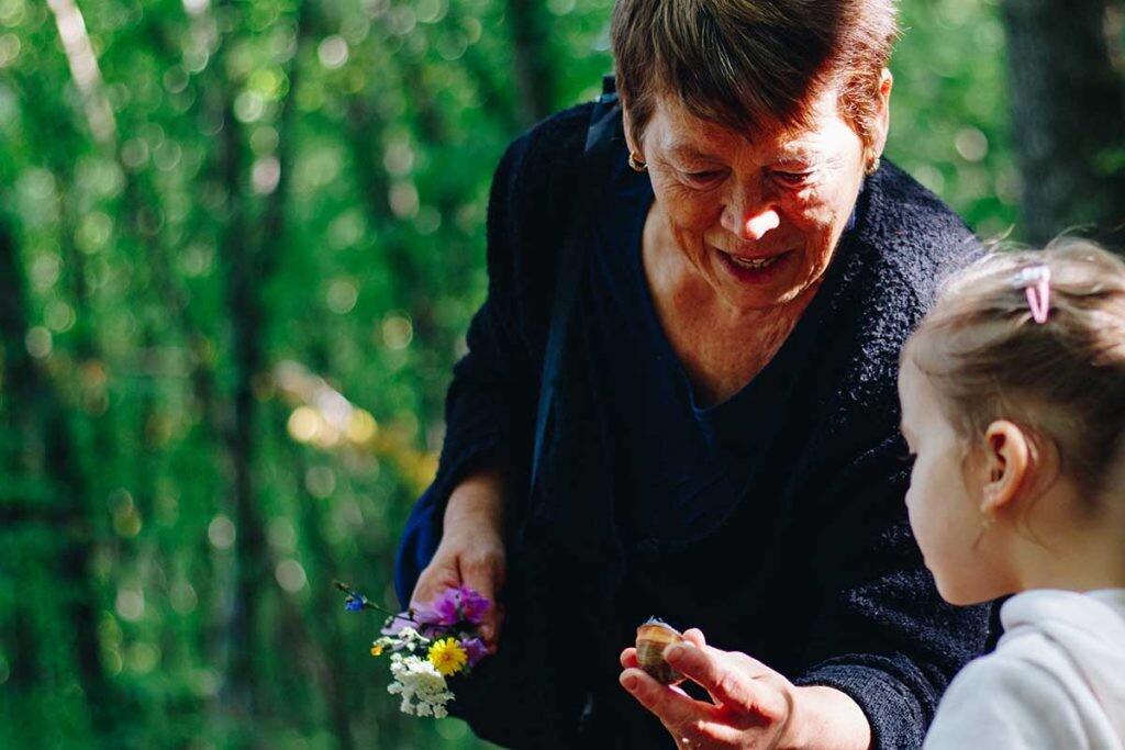 enseñanza de las abuelas