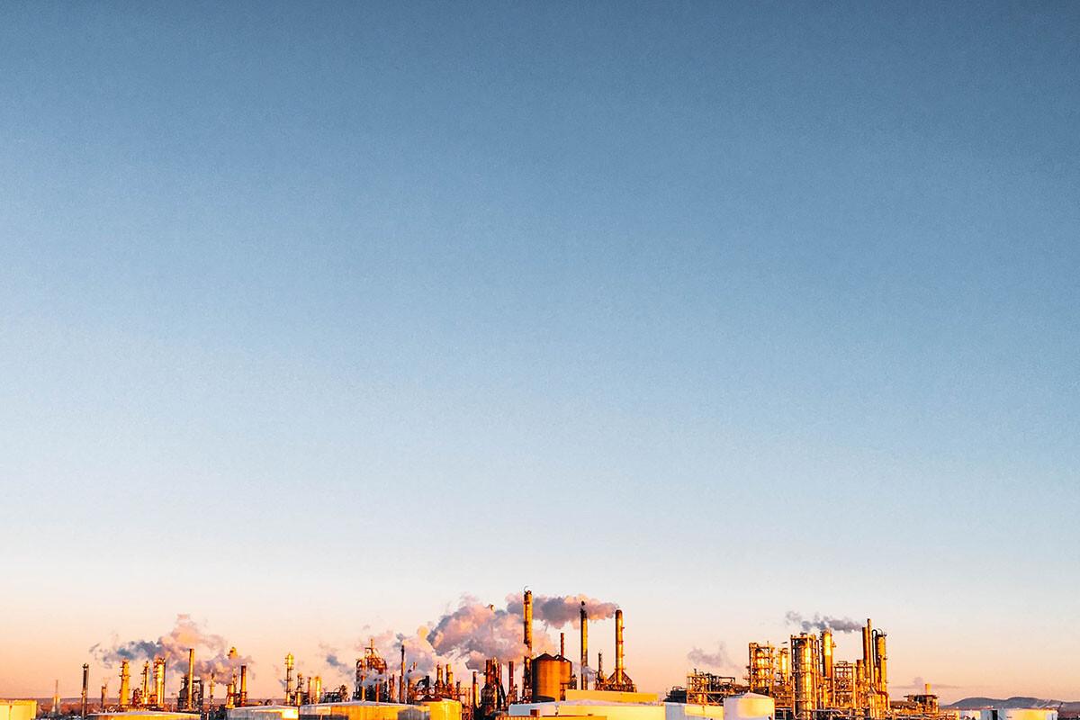 El CEC defiende la importancia de la industria del petróleo en Canadá.