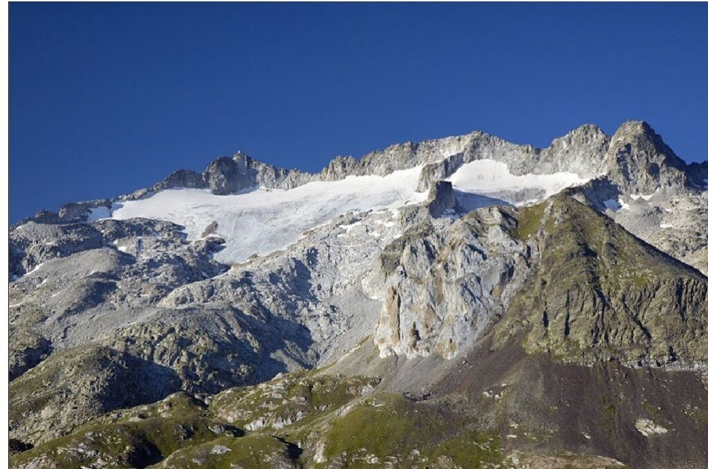 Pico de la Maladeta en Pirineos