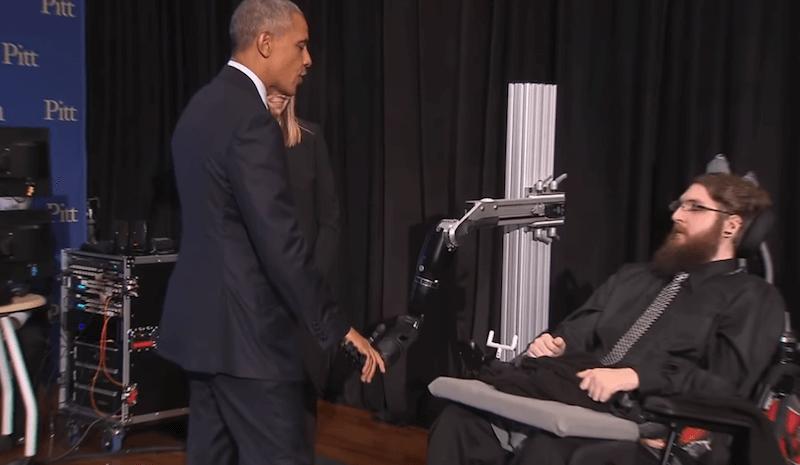 Pong vs Obama