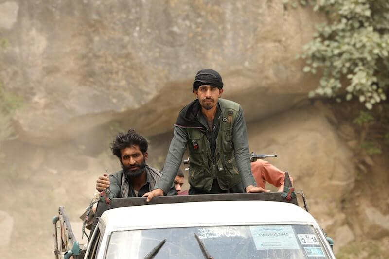 redes sociales y talibanes